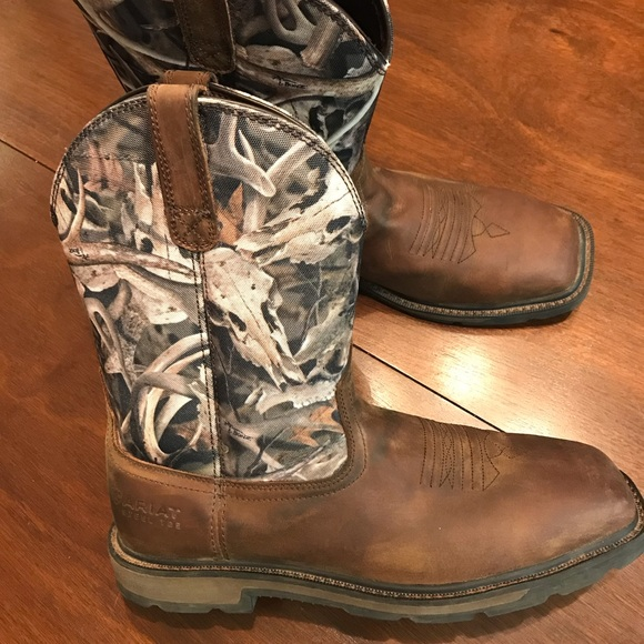 Ariat Steel square steel toe boots (Camo)